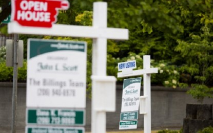 Mortgage Rates Slip to Near Lows for the Year