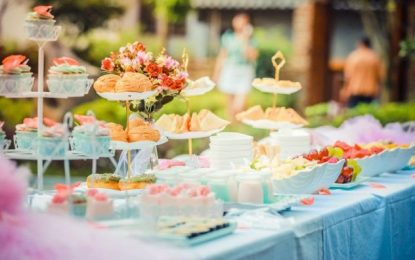 8 tips for saving money when organising an event